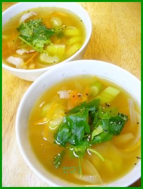 se1-1 セロリ人気1 位レシピ 浅漬け・スープ・サラダ