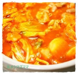 tomato1-2-300x285 トマト鍋 レシピ 人気 1位 簡単トマト缶・トマトジュース・生トマトでも!